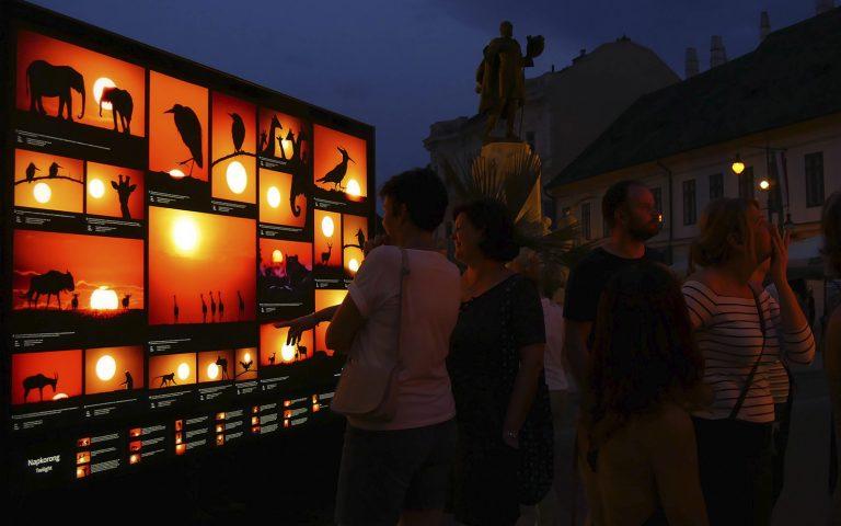 Máté Bence Szegeden teszteli különleges kiállítását